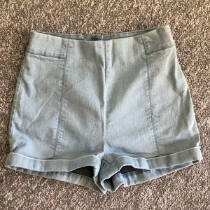 UO Cooperative high waisted cuffed shorts Size 8